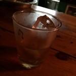Piano&Bar LULU - マッカラン       ロックでいたたきます(o^^o)