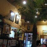 ななまかい - 店内は 沖縄気分を味わってほしい感があり