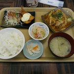 たまごや食堂 - 料理写真:日替わり定食(税込み680円)