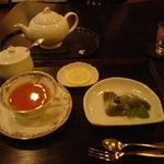甘味処 満喜 - 紅茶と抹茶のフィナンシェ 700円