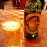 龍花門 - チンタオビール。「青島」の文字がないあるよ。