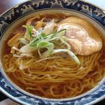 博多 那の福 - 八戸煮干ラーメン570円。