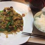 ワラジヤ - 野菜炒め定食