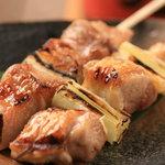 南三西六 だいにんぐ えびすけ - 国産銘柄「伊達鶏」「平牧三元豚」を毎朝しこみ、豪快に焼き上げます。