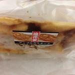 浪花堂 - クロワッサン鯛焼き薄いです2