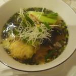 恵泉 - ワンタン麺