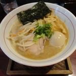 麺屋まる - 鶏魚介ラーメン