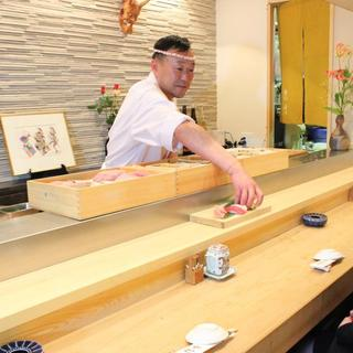 寿司ひとすじ。大将のこだわりを是非!