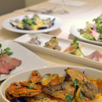 カフェ&バーカロ イル ニード - 各種宴会プラン以外にもご予算に応じてコース料理を承ります!