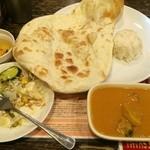 インドレストラン Shama - Aランチ これにドリンクがついて750円
