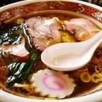 ヱビスヤ - ワンタン麺¥950