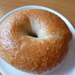 羊蹄山麓 パン工房 麦風 - 料理写真:ベーグル 150円