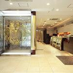 廣東飯店 - 開放的なエントランス