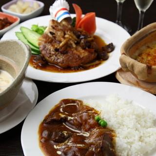 黒船亭のお料理は、型にはまった料理ではありません。