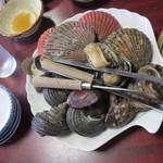 萩の茶屋 - いろいろな貝を楽しめる!