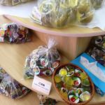 名糖産業 - ほとんどの商品が試食もできます(^^)