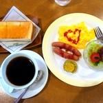 シャノアール - ブレンドコーヒー¥310+モーニング(タマゴ&ソーセージ )¥150