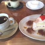 mure - ケーキセット・・・にするとケーキ50円引き