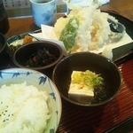 たこ柾 - 天ぷら定食(850円)