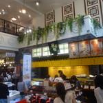 28650025 - 中華街「横浜博覧館」の一階です