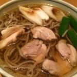 28653725 - かしわ  お肉ぷりぷりでお蕎麦もお出汁も美味しい〜+゚。*(*´∀`*)*。゚+