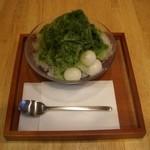 山口妙香園 - 氷ぜんざい(抹茶):ぜんざいにかき氷がのってます。