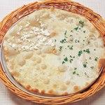 ピッツェリア - 4種のチーズ