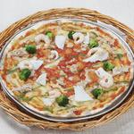 ピッツェリア - 海の幸のピッツァ