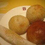 バケット - パン(食べ放題)