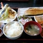 めのじや - 焼き魚とてんぷら定食1,350円。とっても美味しい♪