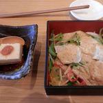 28668278 - 鶏の香味サラダ&こだわり豆腐