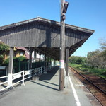 28672599 - 2013.10.10 気賀駅のホーム(登録有形文化財)