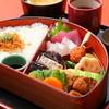 江戸菊 - 料理写真:半月弁当