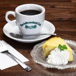 アディロンダックカフェ - コーヒーとチーズケーキ