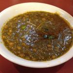 アリ シディーク - 豆ほうれん草カレーセット