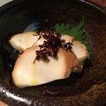 28695146 - モッツァレラチーズ 濃口醤油漬け