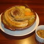 BISTRO WAKU2 - シュークルート ガルニ  フランスはアルザスの郷土料理でフランス3大地方料理の一つです 3000円でサラダとパンがついてます