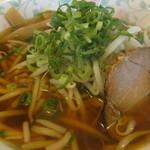 辰己苑 - ミニ丼セット780円・・・醤油ラーメン