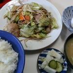 上高地食堂 - 野菜炒め定食800円