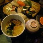 しょうぶ - 料理写真:「日替わり寿司定食(1050円)」…ドリンク付(コーヒーor紅茶orオレンジジュース)