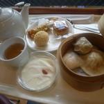 28702881 - ちょいちょいと美味しいものを食べれる、まさに飲茶!
