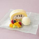 カフェ三菓亭 - ロールケーキ