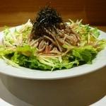 京酒房 藤かわ - そばサラダ、梅肉ドレッシングが爽やかです。