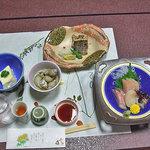 雪国 - 夕食1