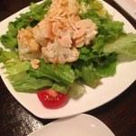 びすとろ もちゴリラ - 揚げ揚げカリフラワーのアンチョビ風味サラダ