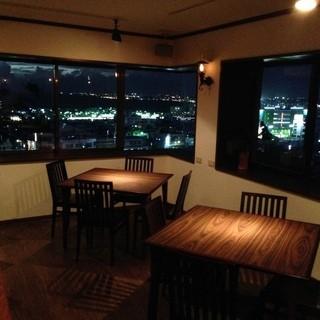 宜野湾の高台から夜景と海が一望できます!