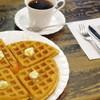 茶房こもん - 料理写真:バターワッフルのセット