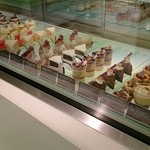 パティスリー ドゥ・エ・タンドゥル - ケーキたち