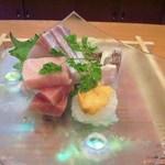 玄海鮨 - 刺盛 ・鮪三種(大トロ 中トロ 赤身)・勘八・伊佐木・槍烏賊 レベル高いですよ