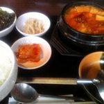 まだん - 海鮮チゲ定食(1080円)